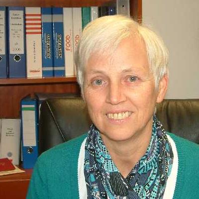 Uta Schmidt-Frenzel, Schulleiterin